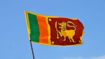 श्रीलंकामा रक्षा सचिव र प्रहरी प्रमुख हटाइँदै