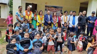 लायन्स क्लब अफ काठमाडौं राेज द्वारा विपन्न परिवारलाई खाद्यान्न सहयोग