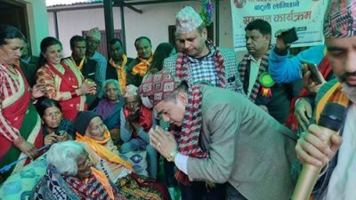 ११७ बर्षिया लामिछाने लाई प्रदेशसभा सदस्य बद्री मैनालीको सहयोग